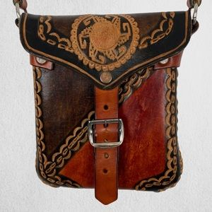 Leather Cross Body Purse with Snap Closure